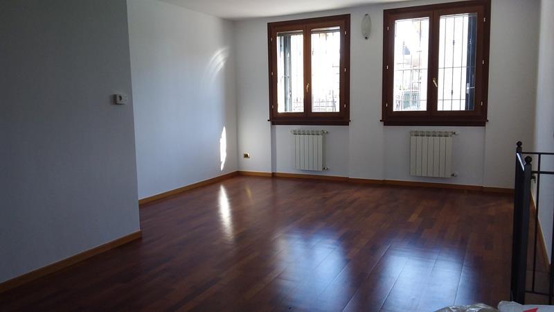 trilocale appartamento ghisalba