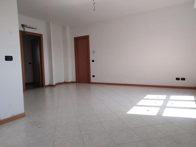 Appartamento a Martinengo con Tre stanze