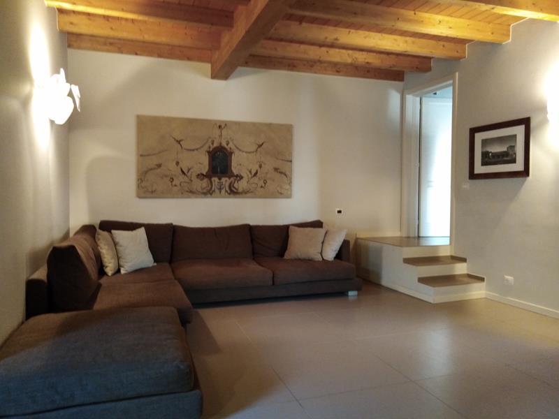 Villa in Vendita a Martinengo