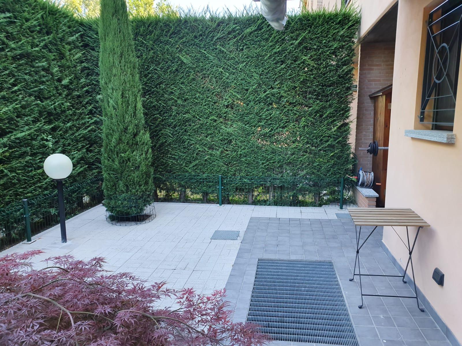 Bilocale a Romano con giardino